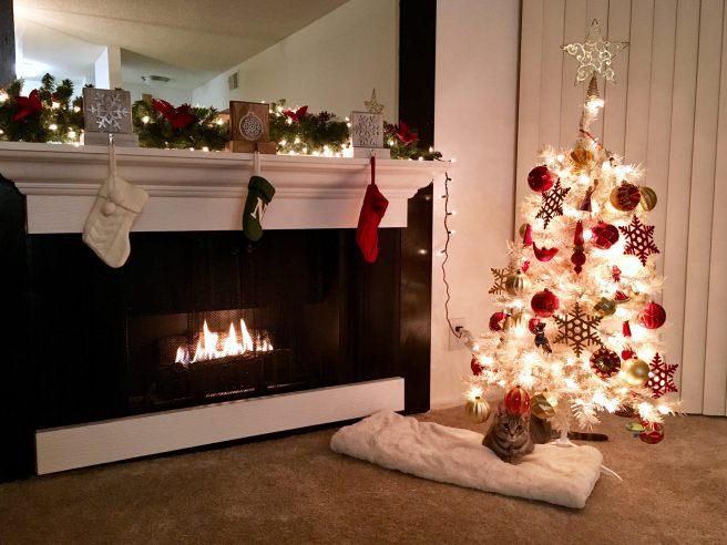 holiday-decorating-1